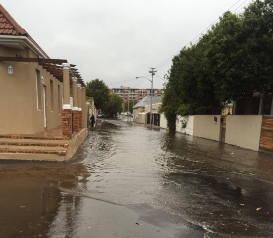 Streets around Wynberg canal flooded