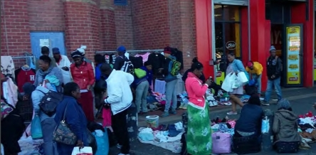 Picture of traders at the Wynberg interchange